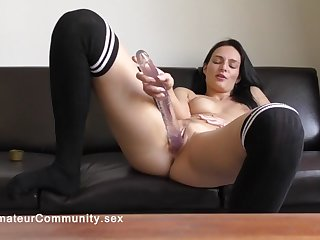 solo eurochick toying her pussy
